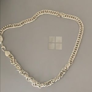 Urban outfitters silver chain